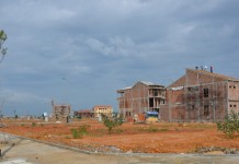 Thu tiền sử dụng đất chiếm tỷ trọng gần 25% tổng nguồn thu ngân sách.