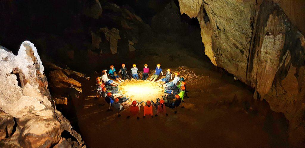 Trải nghiệm Hang Còi Đá Lệ Thủy hấp dẫn du khách