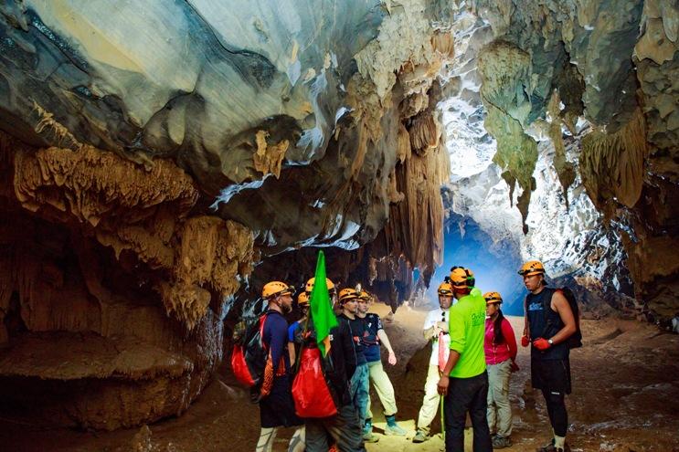 Khám phá hệ thống hang động kỳ vĩ tại Phong Nha - Kẻ Bàng.
